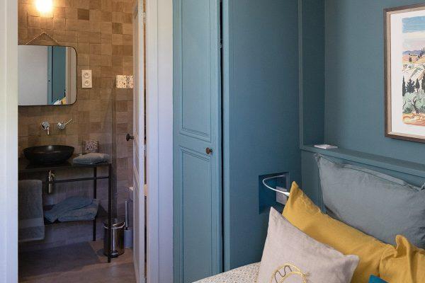 Maison Coco Provence par Margherita Olivero et Laurent Passe en peintures Ressource !