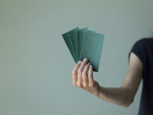 Papier abrasif, grain 80